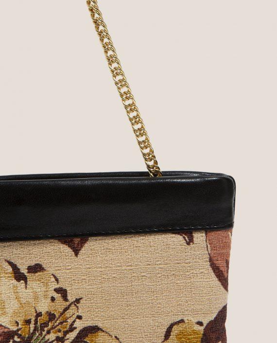 Clutch de Petty Things con piel color negro con tela vintage barkcloth Alana-detalle