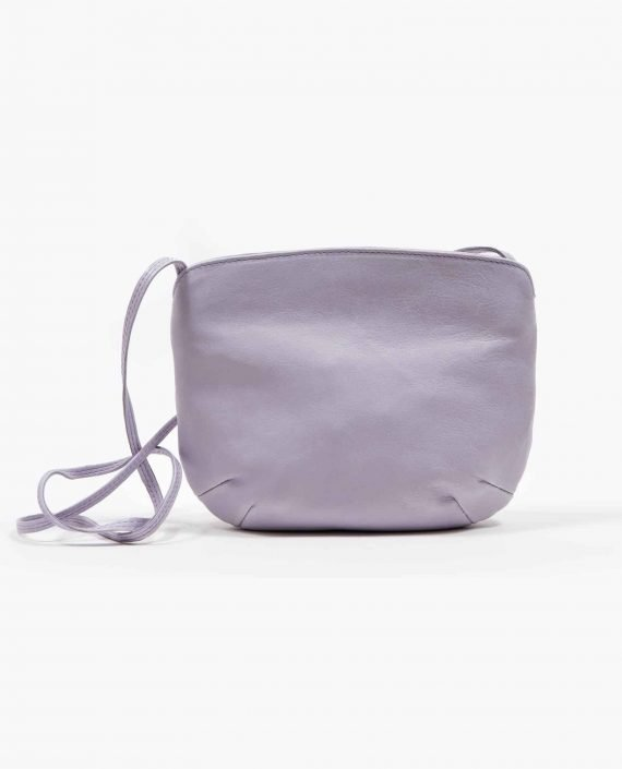 Bolso de asa larga de Petty Things hecho en cuero tintado vegetalmente color lila