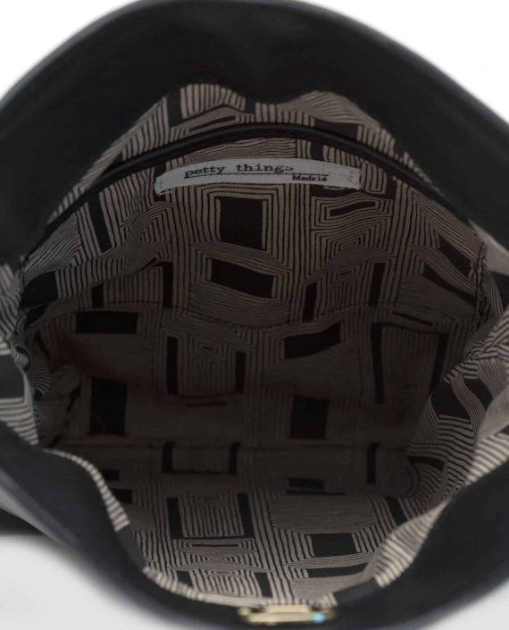 Bolso grande, NINA Color negro interior. Petty Things (ref # NPT-04)