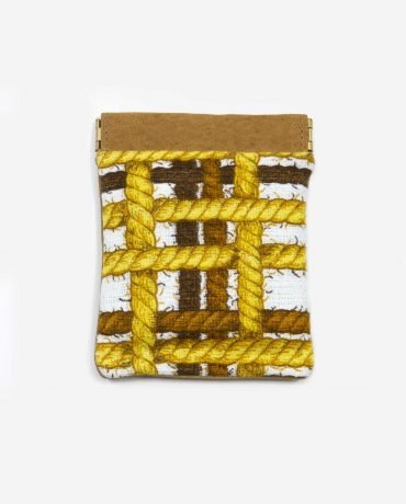 porta monedas pequeño de tela reusada y piel vegetal-ROPES-delantera-pettythings